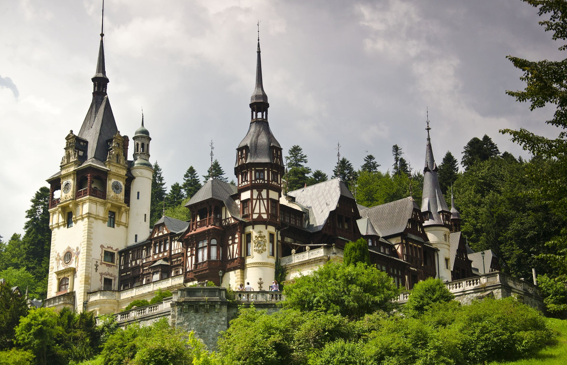 Forget Dracula, Here Are 12 Authentic Experiences You Can't Miss in Romania